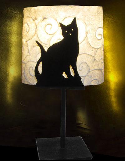 Lampada in ferro e carta di gelso con gatto, Lampade in ferro e carta di gelso con gattoLampade in ferro e carta di gelso con gatto, handmade