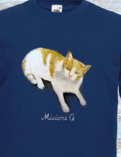 T-shirt dipinta a mano con gatto di nome Micione