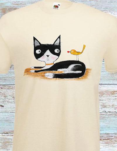 T-shirt bianca dipinta a mano con gatto e uccellino