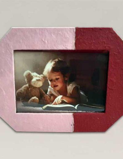 portafoto artigianale rivestito con carta gelso rosa e bordeaux