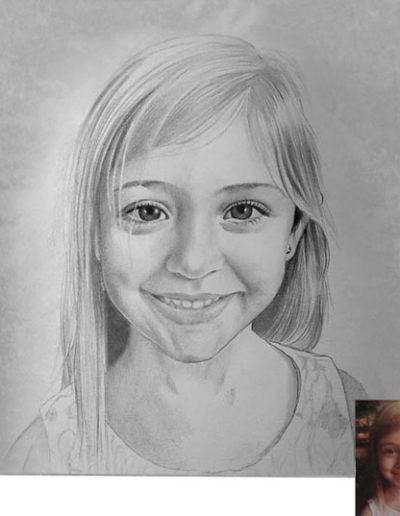 Ritratto a matita dimensioni 40x40 cm. di bambina bionda